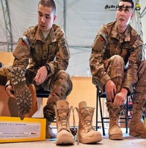 بند پوتین سربازی را با ۵ روش ببندید